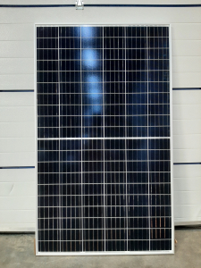 Zonnepanelen voor duurzame bouwkeet